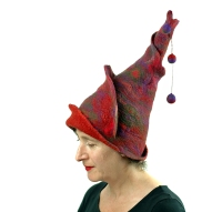 FeltHappiness-wizardhat